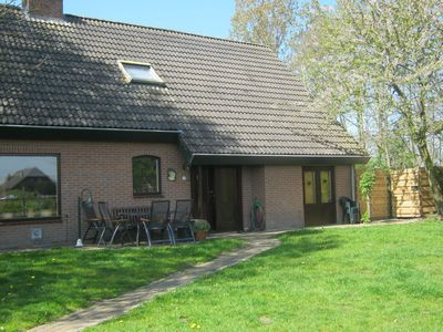 Photo for Holiday home in the midst of expansive meadows in Overijssel.