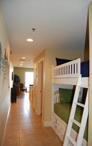 Photo for On the Beach, walking distance to Pier Park, free chairs/umbrella service & WiFi