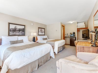 Photo for Water view suite w/ tennis, basketball, dock on Voyageur Lake - dogs OK!