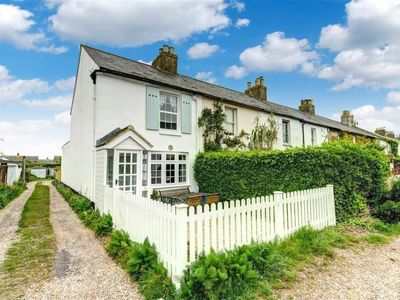 Photo for Vacation home North Road  in Deal - Kingsdown, South - East - 4 persons, 2 bedrooms