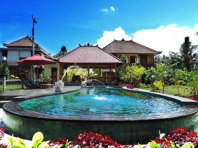 Photo for Beautiful guesthouse just 5 minutes from Ubud center