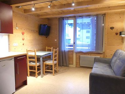 Photo for Parnasse 203 -  Apartment for 4 people 3* on the ski slope, in the village