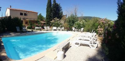 Photo for Provencal farmhouse in the countryside with independent studio and pool