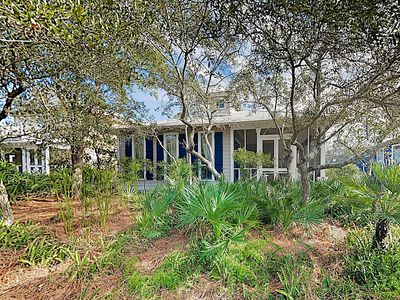 "Photo for ""Plantation Dreams"" Coastal Haven off Scenic 30A w/ 2 Pools & Steps to Sand"