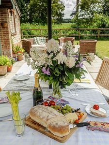 Perfect for al fresco dining.