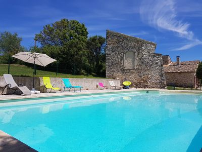 Photo for 18th century provencal farmhouse with large private pool for 10 people