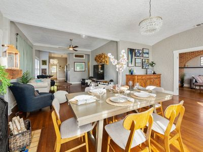 Photo for Newly equipped, fabulous home near San Antonio Zoo and Downtown
