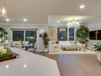Stunning and Luxurious Private Model Home in Hollywood
