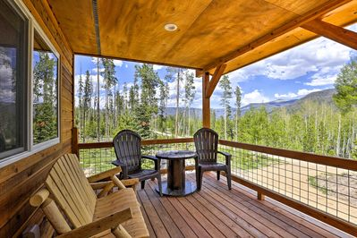 Discover Colorado's mountain majesty from this Grand Lake vacation rental cabin!