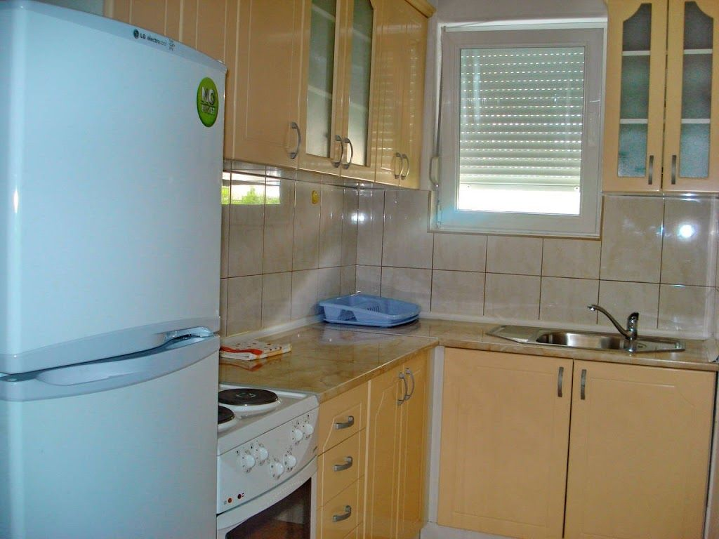 In the center of Petrovac with Internet, Air conditioning, Washing machine (740298) Photo 1