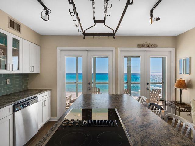 Gulf Front Home with Amazing Views!!