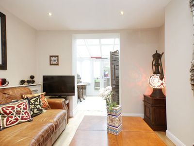 Photo for UP TO 20% OFF - A colourful and cosy 2 bed home in trendy Notting Hill (Veeve)