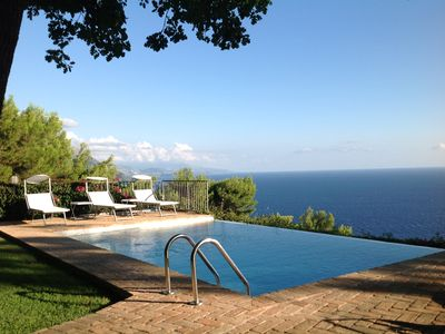 Photo for LE QUERCE - Villa with spectacular sea view and swimming pool