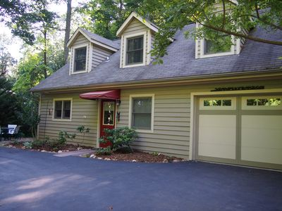 Photo for Private and Convenient, hiking, sweet patio, close to Asheville & Hendersonville