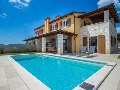 Photo for Holiday house Susnjici for 6 - 8 persons with 3 bedrooms - Villa