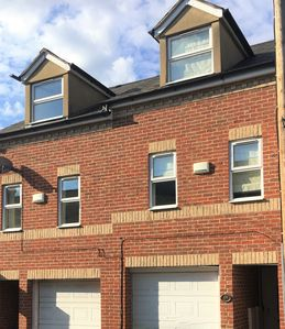 Photo for The St Clements Townhouse 3 Bedroom Bijou central