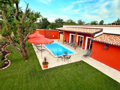 Photo for Private Villa with A/C, private pool, hot tub, WIFI, TV, washing machine, pets allowed, parking