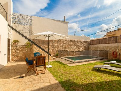 Photo for Holiday house for 6 with fenced pool, in Binissalem, Mallorca