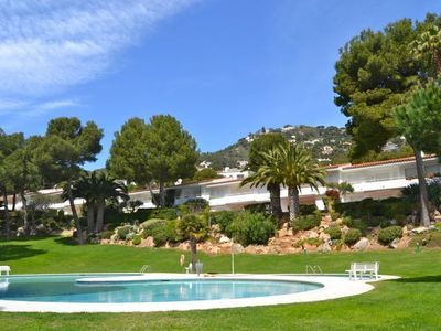 Photo for Holiday rental apartment with swimming pool in Begur, Aiguablava