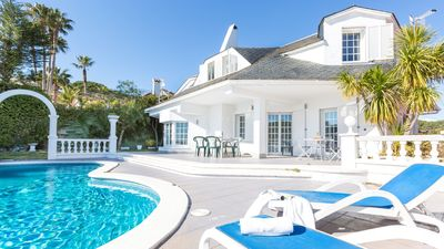 Photo for 3 bedroom Villa, sleeps 9 with Pool, WiFi and Walk to Shops