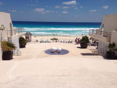 Photo for 4 Bedrooms 2.5 Baths  Ocean Front Family Friendly Condo 2 To 10 Guests  Free Wif