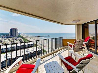Photo for Luxe Oceanfront 2BR - Olympic-size Resort Pool, Tennis Courts & Gym