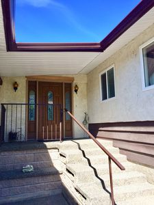 Photo for 4 bedroom Home with Pool overlooking Osoyoos Lake.