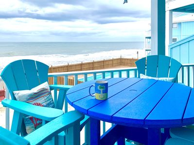 This is where the ocean meets the sky..and coffee is at its best!