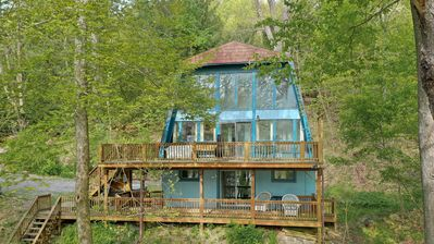 Photo for 3 Bedroom Lakefront Chalet with hot tub & just minutes from Wisp!