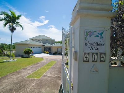 Photo for Island Breeze Villa (1 night free after 7 nights within 2019 - 2020)