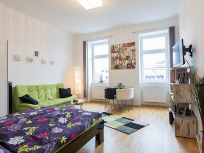 Photo for Beautiful old Viennese apartment
