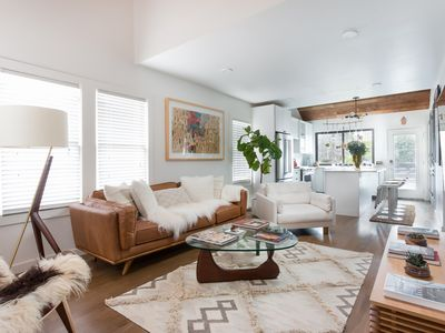 Photo for Chic Bungalow Near Downtown Austin