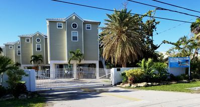 "Photo for ""WEEKLY"" Beautiful Ocean Front Cudjoe Key Vacation Rental with Pool"""