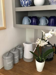 Photo for Pascoe's Pippin - stylish, cosy and dog friendly