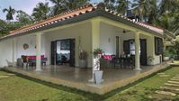 Great location, beautiful property and the most helpful and friendly of hosts