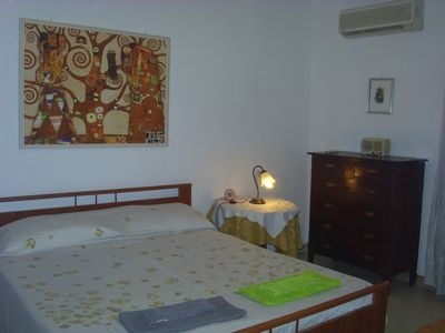 Photo for Apartment in the historic center with air conditioning, towels and sheets