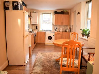 Photo for 2-bedroom apartment Westend Newcastle