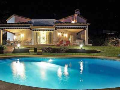 Photo for 7-bed villa up to 20 guests,5 min walk to Banus