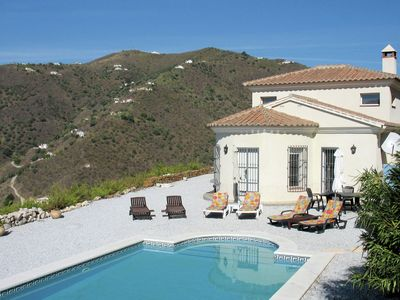 Photo for Villa with private swimming pool located in the hills of Arenas, Costa del Sol