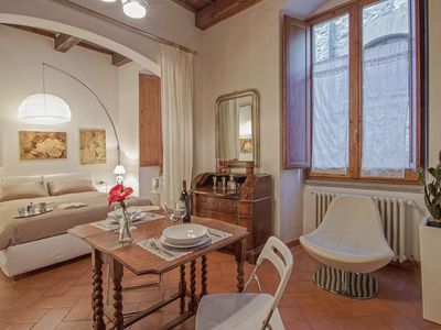 Photo for Georgofili Suite  apartment in Duomo with WiFi & lift.