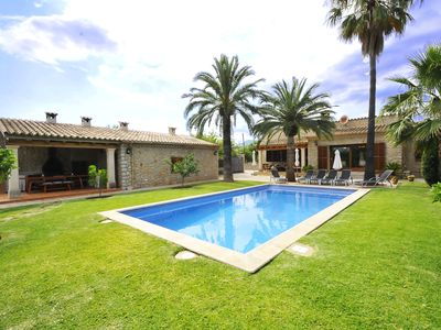 Photo for Beautiful country house and its annex with pool, air conditioning and WIFI in Inca