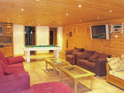 Photo for Surface area : about 270 m². Living room with bench seat, fireplace. Bedroom with 2 single beds