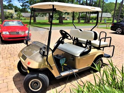 CONVENIENT GOLF CART TO STROLL ON OVER TO THE BEACH, BAYTOWNE VILLAGE & SHOPPING
