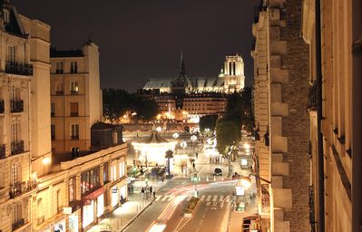 Photo for BEAUTIFUL LE MARAIS NOTRE DAME - Ask for discount.
