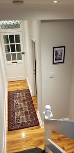 Photo for LONDON 4 Bedroom house.  Free Breakfast.  King size or single beds. Grt location