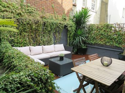 Photo for Ideal Fitzrovia flat with garden & air-con. West end/Marylebone/Regents park
