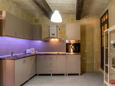 Photo for Traditional 2 Bedroom Townhouse in Valletta