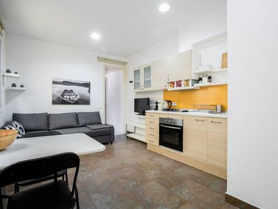 Photo for 2 Bedroom Apartment 5m walk to Sagrada Familia