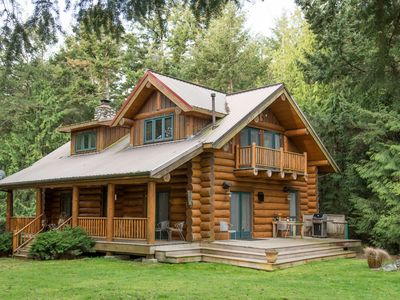 Photo for Spectacular, Contmeporary Log Cabin Retreat