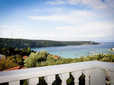 Photo for Holiday apartment with 3 bathrooms and sea view